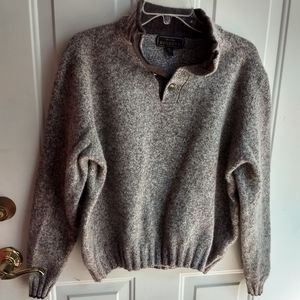 Gorgeous men's wool sweater
